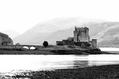 Elian Donan Castle - by mireia.