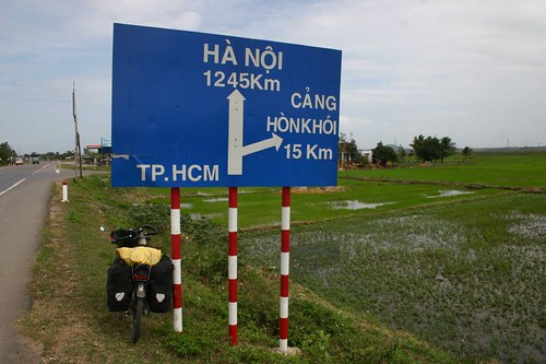 Still a long way to go. Hanoi 1245 km...Most of it in pure headwind!