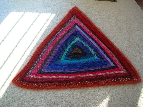 Trinity - the log cabin triangle throw