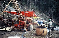 Kobiak (Mangiwau) Tags: new island gold guinea pacific south jungle mineral png papua exploration hagen investment drill drilling portmoresby rabaul wau madang goroka pacifique lae guinee oceanie alotau morobe papouasie papouasienouvelleguinee bulolo kainantu biangai nouvelleguinee