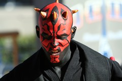 Darth Maul (FrogMiller) Tags: california ca costumes cute cali kids training canon fun starwars yoda disneyland performance lucasfilm martialarts calif lucas master entertainment socal darth weapon empire saber jedi sw lightsaber vader orangecounty anaheim oc academy performers tomorrowland lightsabers theoc apprentice maul skywalker jediknight theforce castmembers entertainers disneylandresort padawan jediknights youngling castmember robertmiller jeditrainingacademy tomorrowlandterrace frogberto