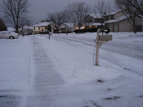 Snow covered roads of Worthington, OH