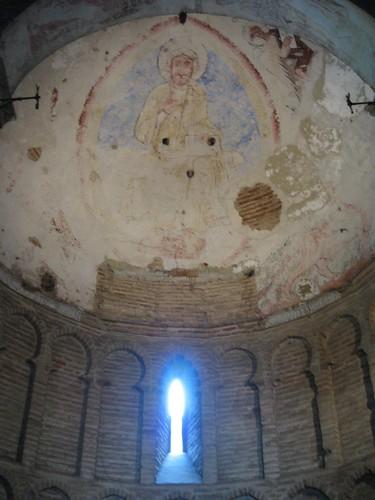 Restos policromados en el Cristo de la Luz