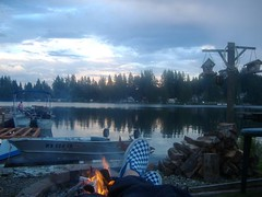 lake kai (kmc14kmc) Tags: lake fire pants vans swishy