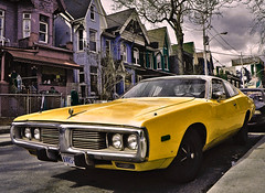 Something Yellow * Lemons are Yellow. (4BlueEyes Pete Williamson) Tags: usa toronto ontario hardtop car yellow lemon minolta 28mm monalisa detroit plymouth chrome 35mmfilm hemi kensingtonmarket 1973 v8 big3 dodgecharger that70sshow 2door bigblock 4blueeyes 400si that70sfeel