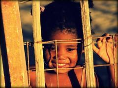 Namibie : Swakopmund (KraKote est KoKasse.) Tags: africa portrait southafrica fille sourire afrique swakopmund krakote nefrancois niosydetalles forcont wwwkrakotecom valeriebaeriswyl