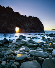 Window of Opportunity (Lightchaser) Tags: california landscapes seascapes bigsur sunsets nationalgeographic fujivelvia abw naturesfinest supershot instantfave bs02100 californiaphotographers platinumphoto juliapfeifferstatebeach colorphotoaward superbmasterpiece onenesslabyrinth diamondclassphotographer flickrdiamond megashot frhwofavs freenature twofeetunder wonderfulphotosfortheworld theperfectphotographer definitelythebest breathtakinglybeautiful naturalarchesandbridges northerncaliforniaphotography flickrclassique photosatthebeach favtopmasters