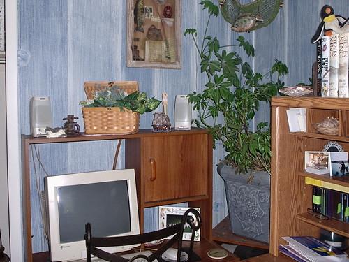 Hubbs' desk