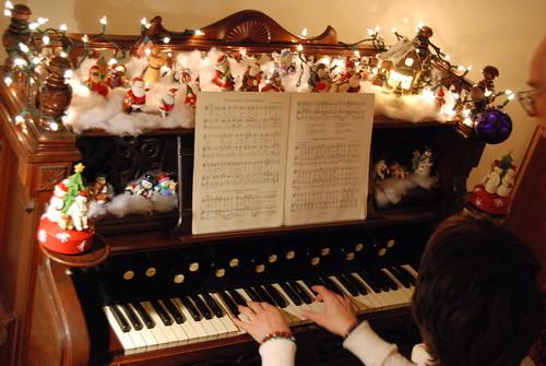 German Christmas Carols on the old family organ