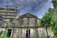 Last ruin standing (DanielKHC) Tags: old house abandoned singapore sony ruin alpha hdr a100 robertsonquay photomatix tonemapped sigma18200mm 5xp danielcheong hdrenfrancais danielkhc