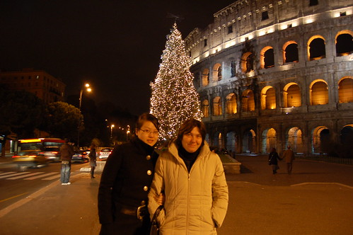 Zia Petra and Jiajia at the Colosseum