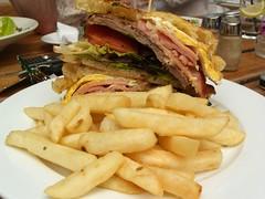 Steak Sandwich - Swan Hotel, Richmond (avlxyz) Tags: food sandwich meat casio steak exilim pubgrub steaksandwich z850 delightfuldishes