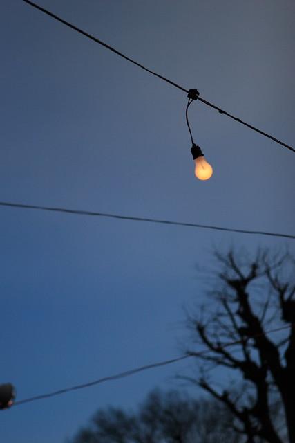 晴天の電球