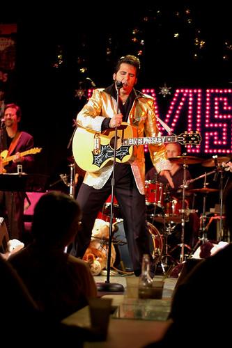 Elvis 2-01