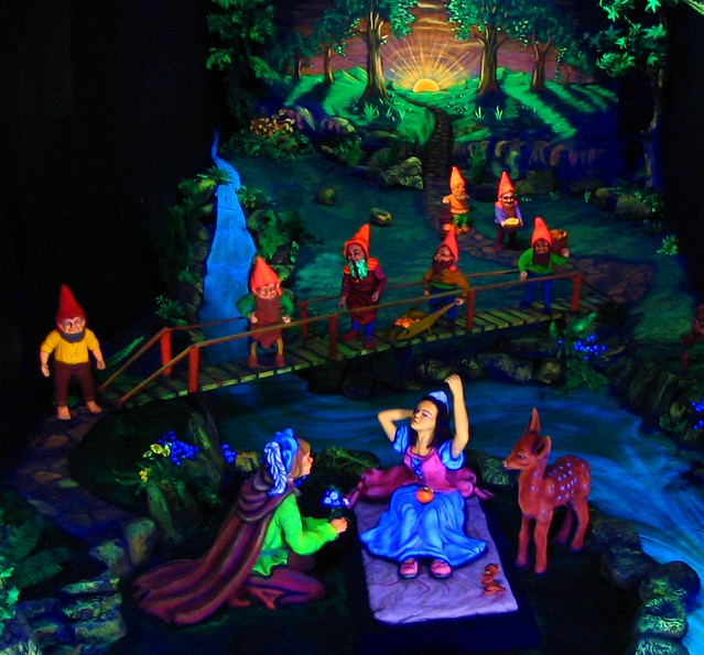 Snow White at Rock City