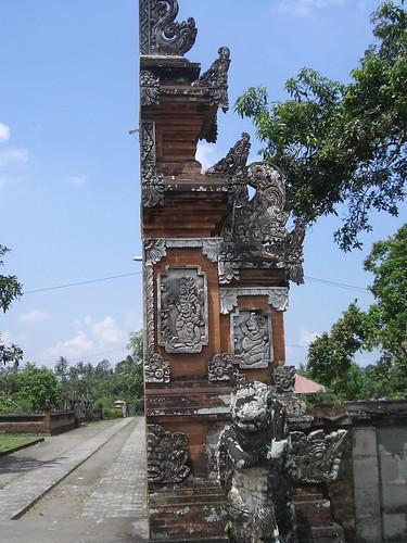 2006 04 05119 Indonesia - Lombok - Pura Lingsar