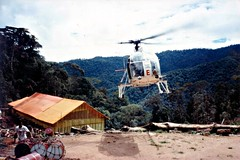 Hamata Helly (Mangiwau) Tags: new gold guinea mining hidden helicopter valley mineral lama png papua exploration hagen portmoresby rabaul wau madang goroka renison pacifique lae guinee oceanie hamata alotau morobe papouasie papouasienouvelleguinee bulolo biangai watut nouvelleguinee