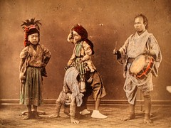 Japanese artists (ookami_dou) Tags: japan vintage artists  handtinted albumen yokohamashashin kakubeijishi