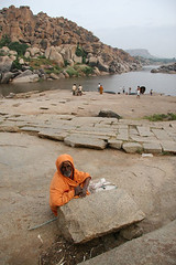 Water in Hampi (Stuart-Forster) Tags: travel india man male travelling tourism asian asia indian sadhu hampi sanyasi stuartforster whyeyephotographycom