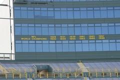 Closer (chubb0rz) Tags: stadium packers greenbay