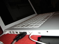 MacBook von links