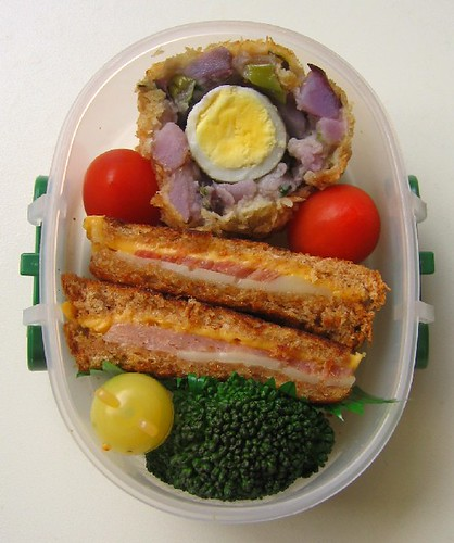 Potato salad Scotch egg lunch for toddler お弁当