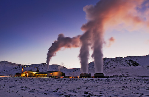 Hellisheidi Geothermal Power Plant by arnitr.