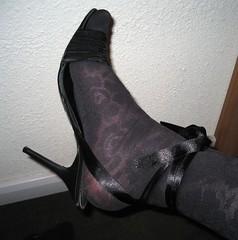 Heels (Jo Angel) Tags: december tranny joanna 06 angelic bletchley pinkpunters ukangels