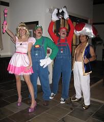 Super Mario Brothers (samthegirl) Tags: costumes halloween cosplay super mario 2006 explore geeks luigi supermariobrothers