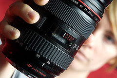 Lens in Hand (fensterbme) Tags: amanda 20d interestingness dof depthoffield canoneos studiolighting fensterbme canon2470mm interestingness306 i500 gearp0rn canon2470mmf28l amandahandk canonequipment explore24dec06