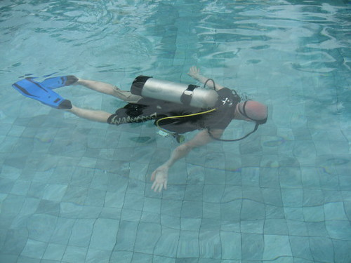 jonny_scuba_swimming_1
