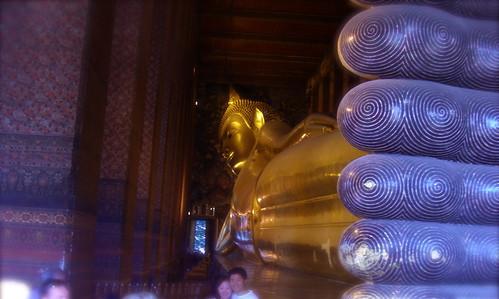 Reclining Budha 2