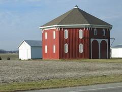 barneo (d-day) Tags: barn fromthecar anomalies bryanoh octagonalbarn