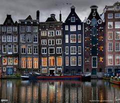 Damrak - Amsterdam - by MorBCN