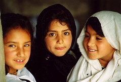 the trio (janchan) Tags: school portrait afghanistan students kids children asia veil classroom documentary escuela trio kabul ngo reportage scuola saarc thetaleofaurezu schoolofhope whitetaraproductions sfidephotoamatori