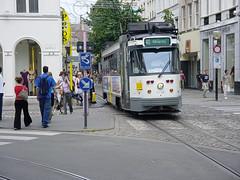 40 in de veldstraat (olivdo) Tags: belgique tram streetcar tramway gent strassenbahn tramvay pcc delijn openbaarvervoer трамвай pcctram
