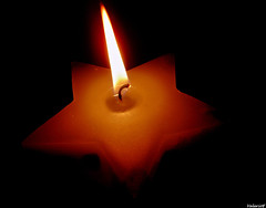 star candle (ValerioFigueiredo) Tags: fire star candle vela fogo dscp93a vocfariadiferente