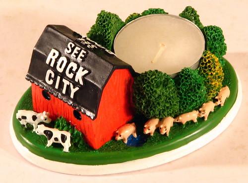 Mini Rock City barn #1