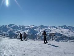 Tougnette #2 (tom_bennett) Tags: ski meribel freshsnow freshminds
