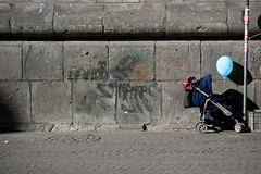 Care for the kids - by Pensiero