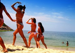 Summertime..girls just wanna have fun... (neloqua) Tags: ocean blue sea summer brazil woman sunlight beach southamerica water beautiful riodejaneiro wonderful fun daylight amazing fantastic sand perfect colorful great joy bluesky excellent summertime moment lovely charming niteroi