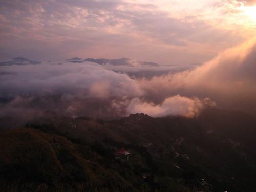 瑞士農園民宿的雲海