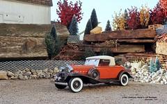 1932 Cadillac 452B V-16 Roadster (JCarnutz) Tags: 124scale diecast danburymint 1932 cadillac v16 roadster