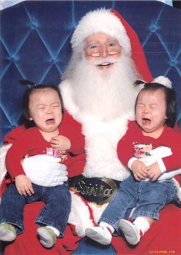 Wahhhhhhh, we don't love Santa yet (2006)