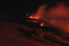 Almost like a painting (Thomas Reichart ) Tags: italien red night volcano lava glow artificial 2006 ash column sec etna surrealistic eruption vulkan sizilien tna ausbruch