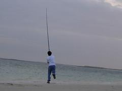 hurler (aZ-Saudi) Tags: sea sky fishing arabic saudi arabia hurler ksa fishhook alhasa      arabin arabs
