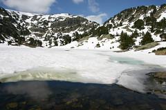 IMG_4653.JPG (:: ben7va ::) Tags: mountain lake snow alps reflection ice alpes grenoble glace chamrousse achard