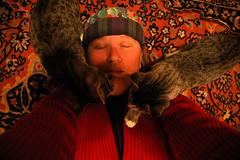 33 (Mary Hockenbery (reddirtrose)) Tags: woman selfportrait self kittens sp rug day33 365days