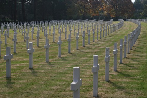 Graves at the American Cemetary in Nettuno
