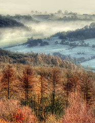 Fog in the valley below............. (Tall Guy) Tags: uk england canon wow landscape photography photo photos britain yorkshire photograph enjoy northyorkmoors whitehorse tallguy specland
